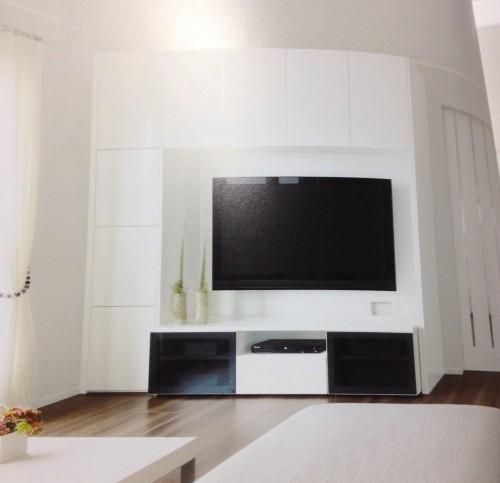 壁面テレビ収納