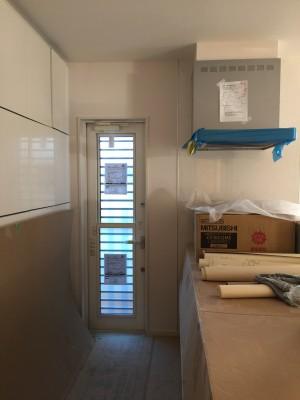 少しずつ家らしく!クロス貼り中。着工90日目の様子|桧家住宅で注文住宅を建てる件